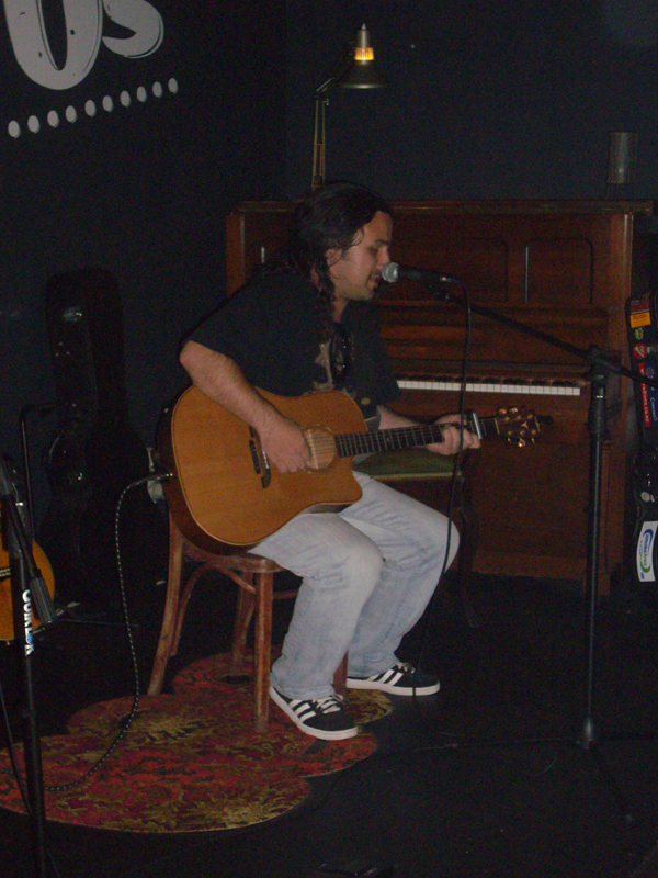 Live at Daddy O's, Wellington, New Zealand in 2013!